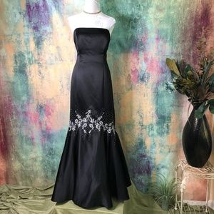 ❣️Morgan & Co by Linda Bernell Stunning Prom Gown❣
